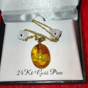 Beautiful 3D 24 KT. gold plate necklace